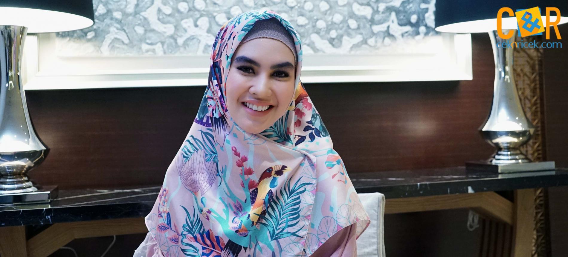 Kartika Putri Fokus Beribadah di Bulan Ramadan