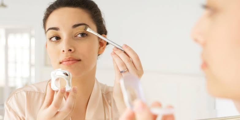 Tips Membuat Make Up Lebih Tahan Lama