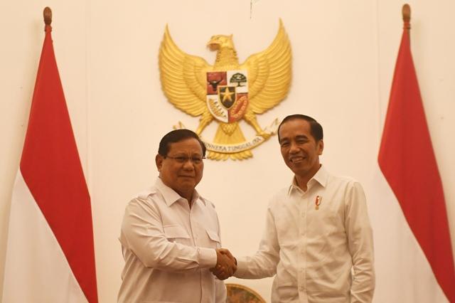 Asyiknya Era Jokowi, Kalah Menang Dapat Kursi Menteri