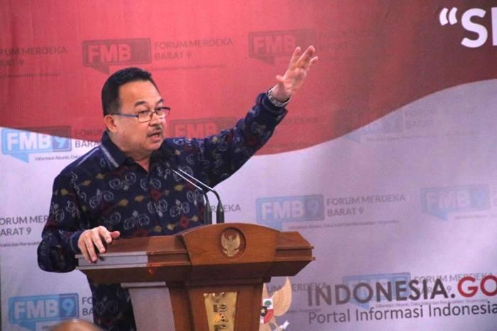 Rhenald Kasali: Jangan Terjebak Antara Disrupsi dan Resesi
