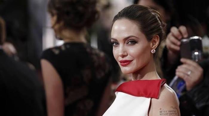 Aneka Gaya Busana Jolie Saat Menghadiri Premier Film
