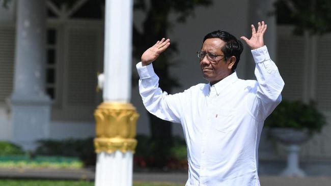 Semoga Saja Mahfud MD Tak Dibikin Kecewa Jokowi Lagi