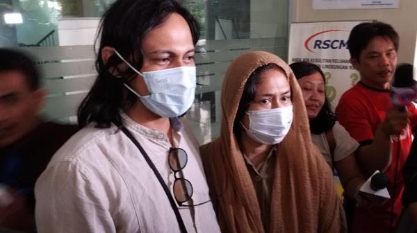 Mayky Wongkar Sebut Kondisi Ria Irawan Baik-Baik Saja