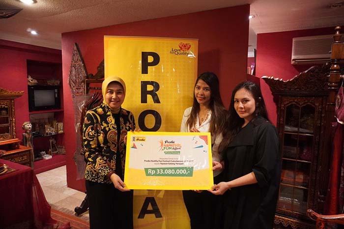 Yayasan Sosial Milik Wulan Guritno Mendapat Donasi Dari Prodia