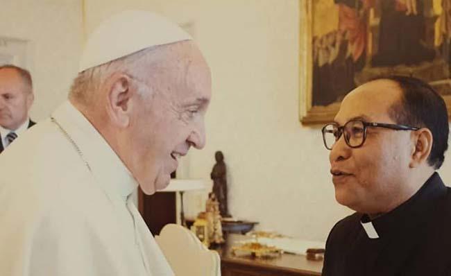Mgr Siprianus Hormat Pr Diangkat Paus Sebagai Uskup Ruteng