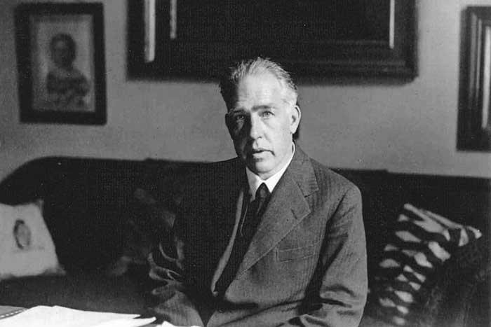Mengenal Niels Bohr Penemu Model Atom dan Peraih Nobel Fisika
