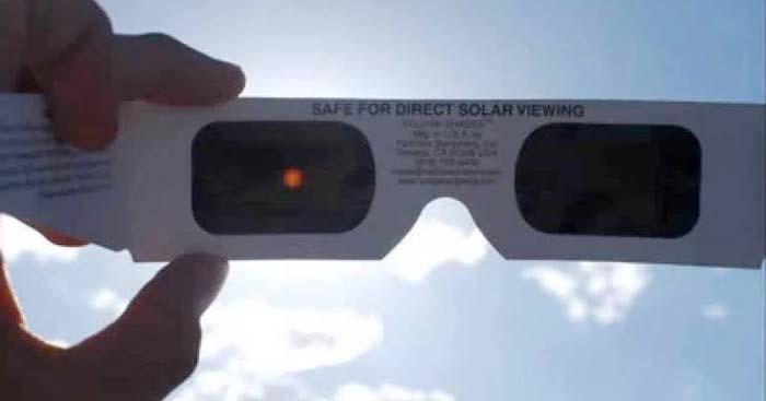 Planetarium Siapkan 5.800 Kacamata untuk Melihat Gerhana Matahari Parsial