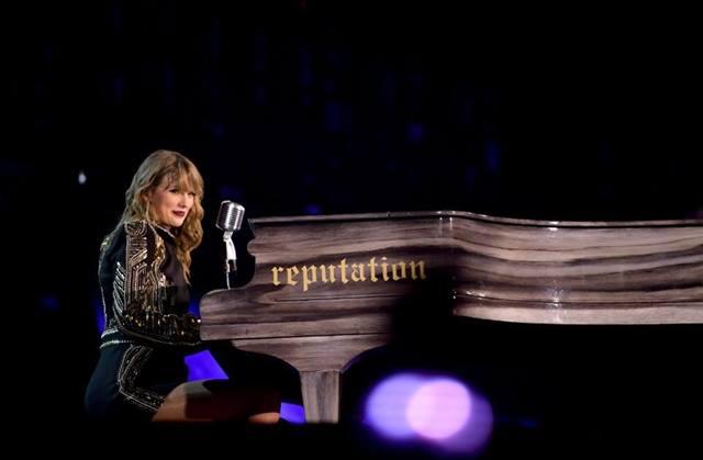Dalam Setahun, Taylor Swift Raup Rp2,59 Triliun