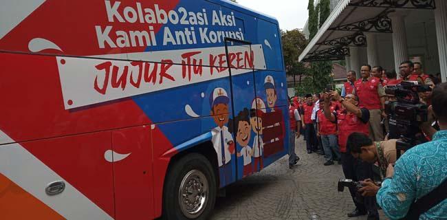 Gandeng Guru dan Pelajar, Pemprov DKI Luncurkan Bus Anti Korupsi