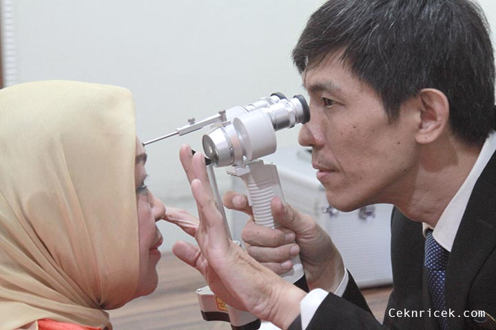 3 Cara MencegahNyeri Tulang Belakanguntuk Usia di Atas 30 Tahun