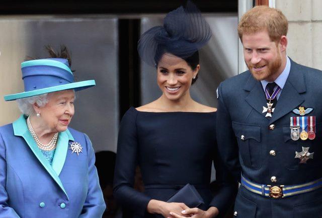 Ratu Elizabeth Restui Pengunduran Diri Pangeran Harry dan Meghan Markle