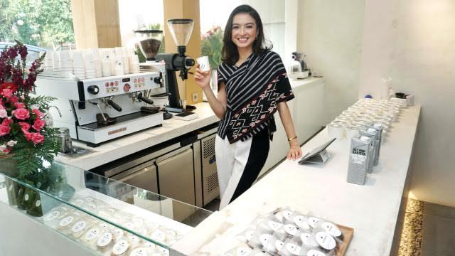 Raline Shah Buka Kedai Kopi Ramah Vegetarian
