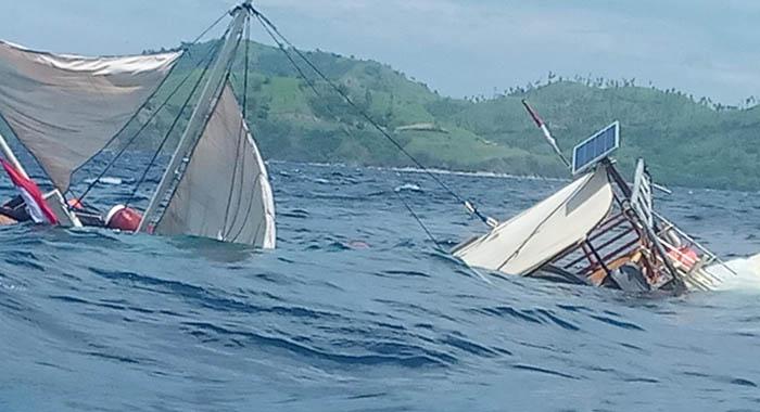 Diterjang Gelombang Labuan Bajo, Enam Wartawan Selamat Dari Kecelakaan laut