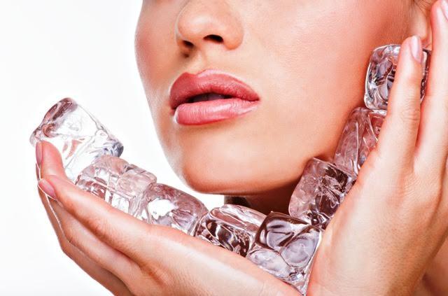 Wajah 'Nyes' dengan Es Batu