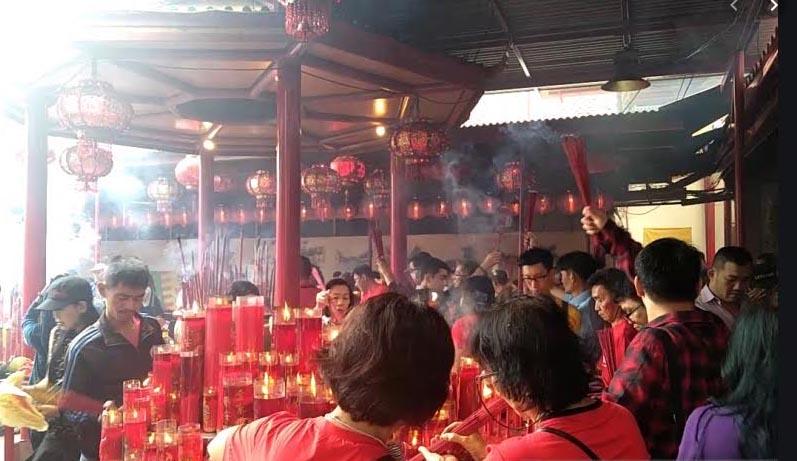 Pengunjung Padat, Barongsai di Klenteng Petak Sembilan Dibatalkan
