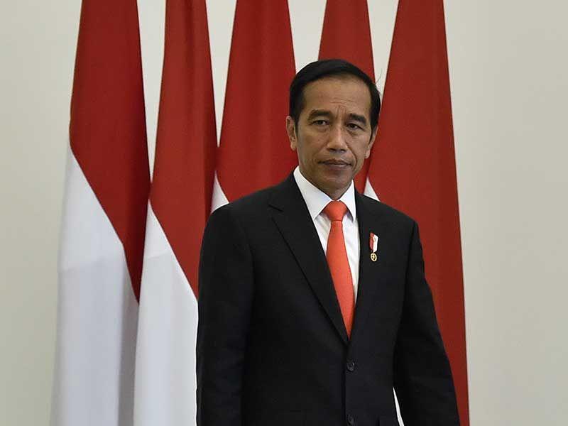 Pengamat: Jokowi Blunder Soal Pembatasan Sosial-Darurat Sipil