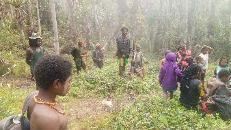 Ribuan Warga Masih Mengungsi, Bupati Nduga Resmikan Koramil Baru 1715-07 Kenyam