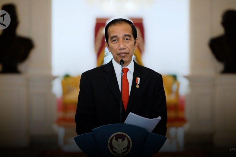 Kumpulkan Tim Vaksin Merah Putih di Istana Bogor, Ini Arahan Jokowi