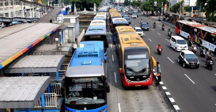 PSBB Jakarta, Transportasi Umum Dibatasi dan Ganjil Genap Ditiadakan