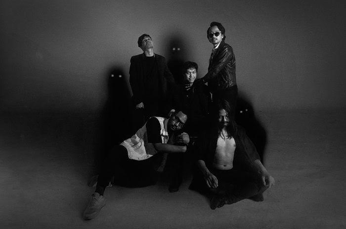 Feast Beberkan Makna Mini Album' Uang Muka' yang Baru Dirilis