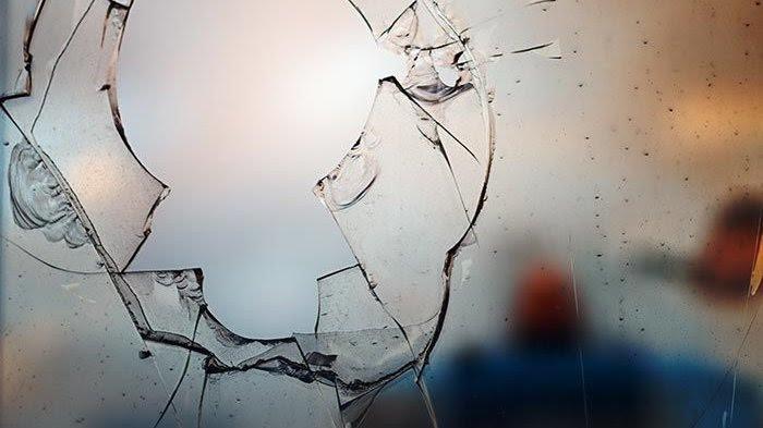 Kantor Bawaslu Asmat dirusak Massa Salah Satu Paslon