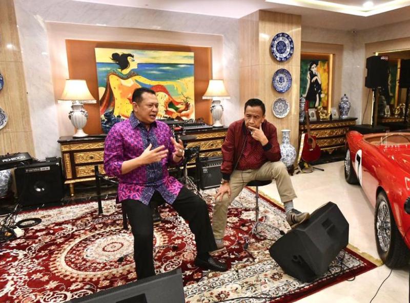 Ngobras Bareng Miing Bagito, Bamsoet Ungkap Perjalanan Karir Sebelum Jadi Ketua MPR