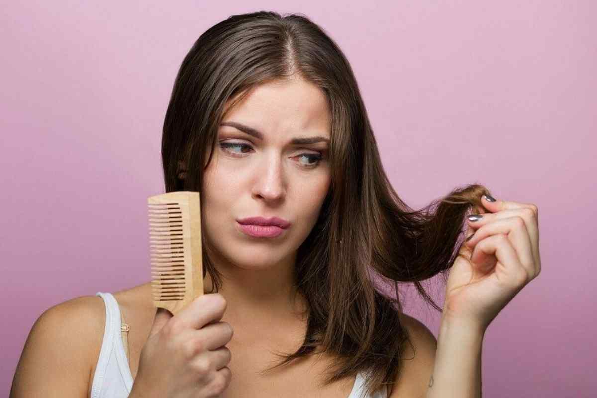 3 Penyebab Rambut Rontok yang Perlu Diketahui